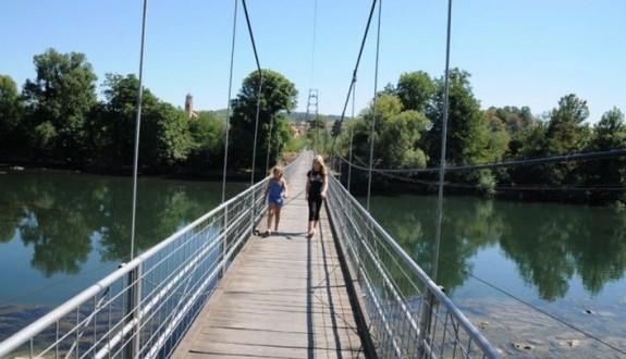 Priječani bez mosta do daljeg