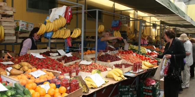 Paprene cijene voća i povrća