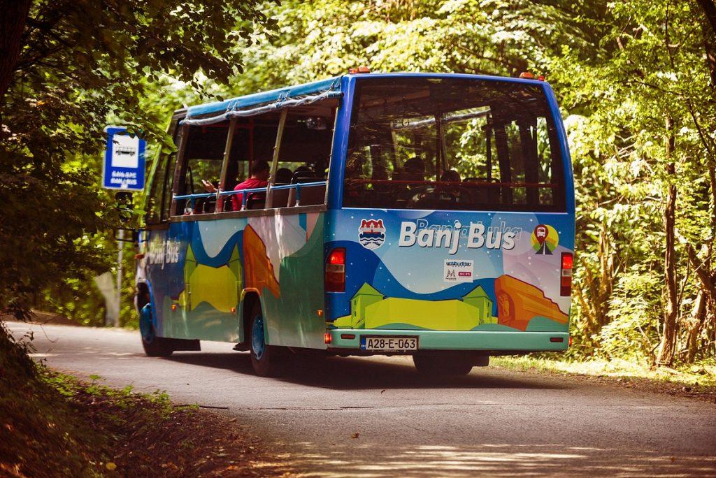 banj-bus-1