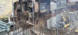 OPASNOST ZA PROLAZNIKE: Obrušila se stara kuća na gradilištu u Boriku