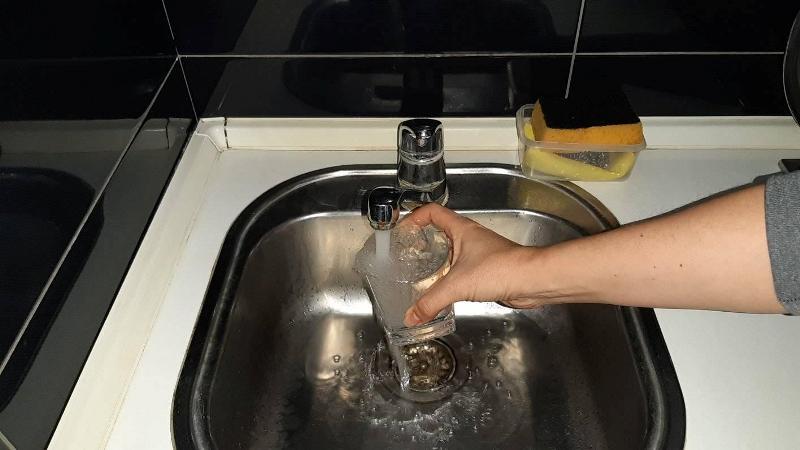 voda-rekavice