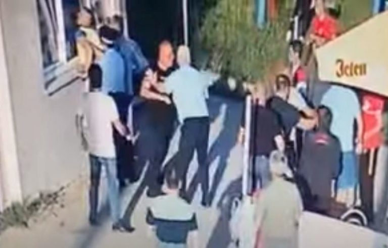 Uhapšena jedna osoba: Tuča na fudbalskoj utakmici u Banjaluci (VIDEO)